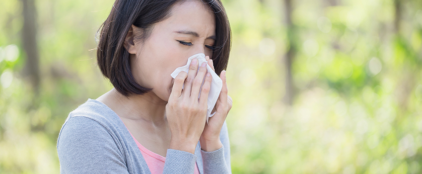 Why Do My Allergies Act Up in the Fall?